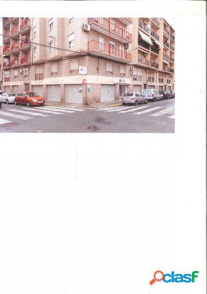 Local comercial en Elche zona Altabix, 500 m2