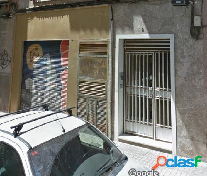 Local comercial en Elche zona Centro (Jesuitinas), 95 m2