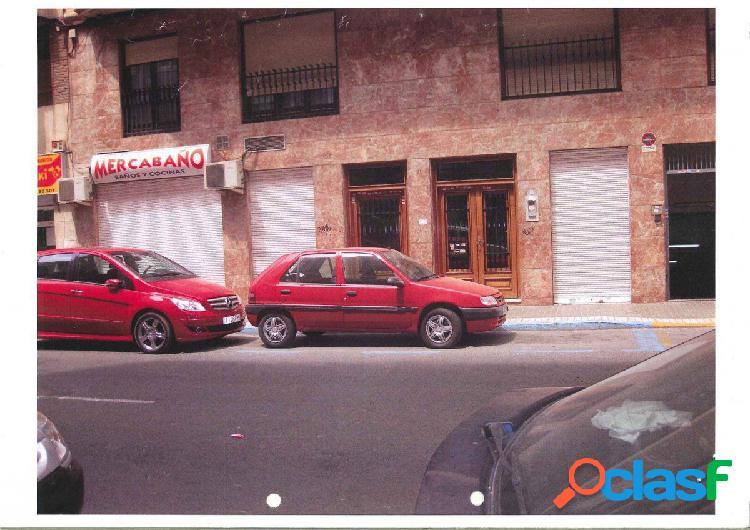 Local comercial en Elche zona Corazon de Jesus, 200 m. de