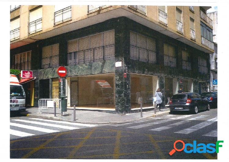 Local comercial en Elche zona Corazon de Jesus, 85 m2.