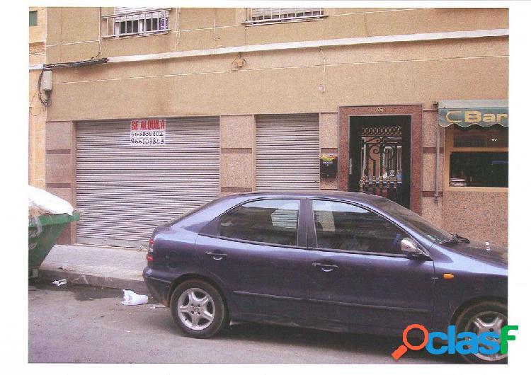 Local comercial en Elche zona Plaza Barcelona, 120 m2