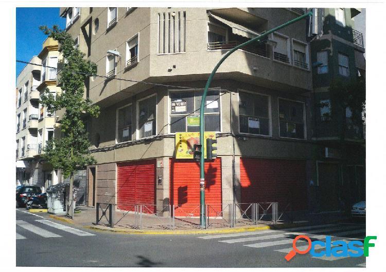 Local comercial en Elche zona Plaza Barcelona, 45 m2/Altillo
