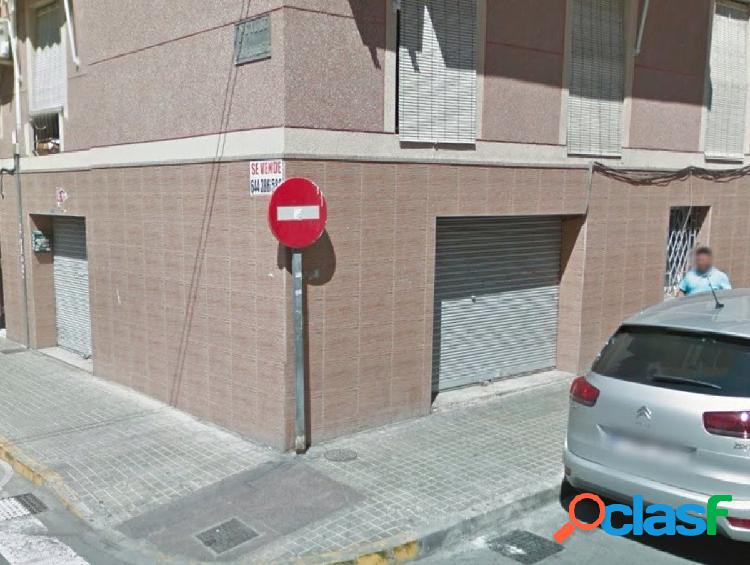 Local comercial en Elche zona Plaza Barcelona, 70 m. de