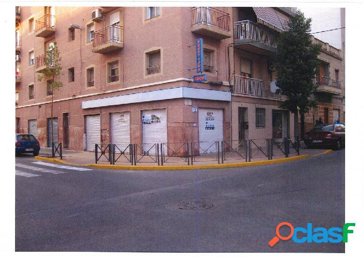 Local comercial en Elche zona Plaza Barcelona-Camino Magros,