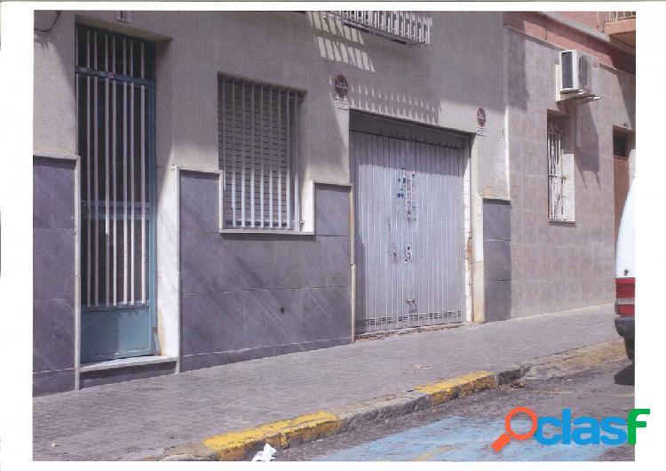 Local comercial en Elche zona Plaza Crevillente, 128 m. de