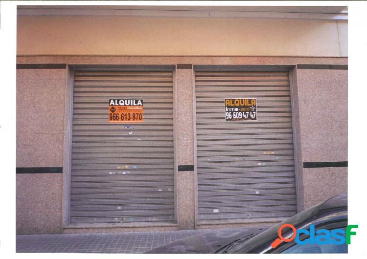 Local comercial en Elche zona Plaza Madrid, 430 m. de
