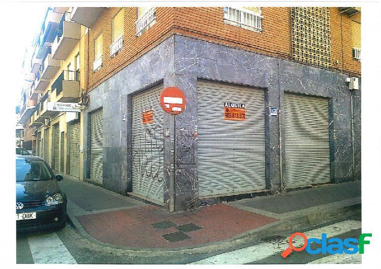 Local comercial en Elche zona Plaza Madrid, 55 m2
