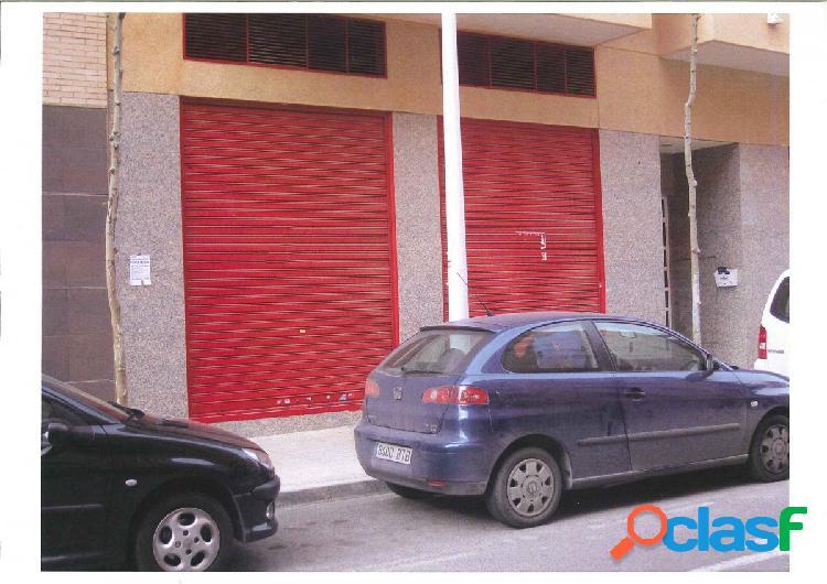 Local comercial en Elche zona Plaza de Castilla, 85 m. de