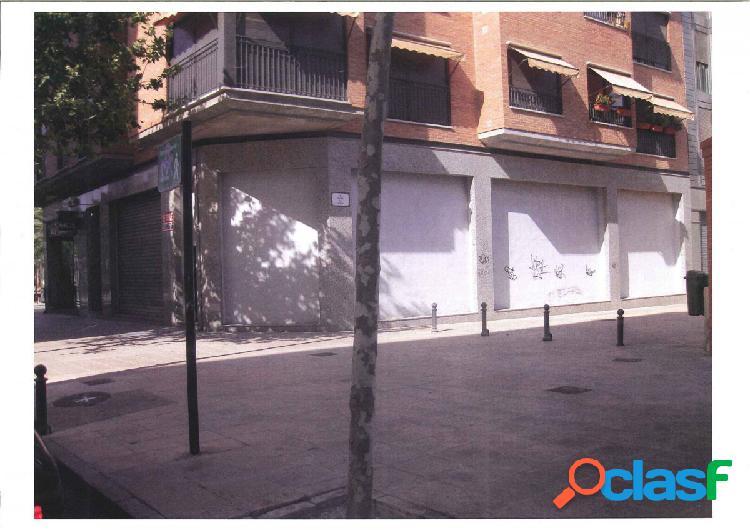 Local comercial en Elche zona Raval - Puertas Coloradas