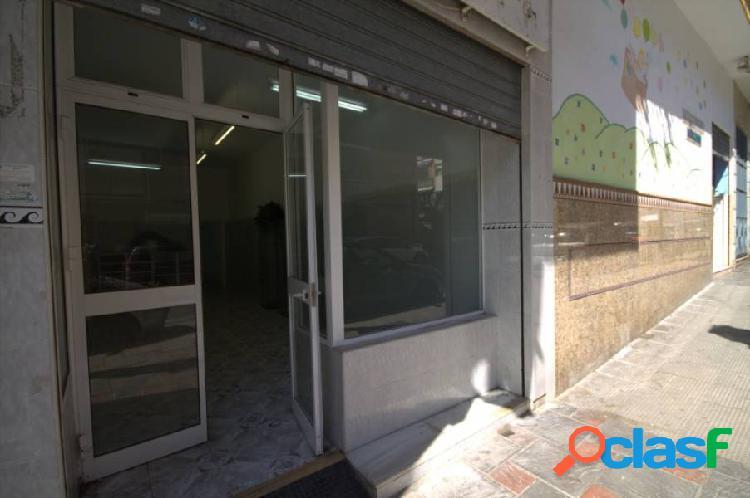 Local comercial en Fuengirola centro.