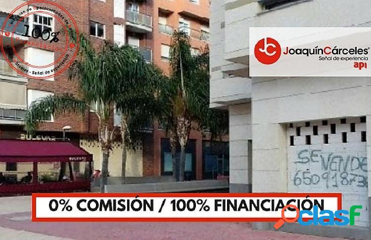 Local comercial en Juan Carlos I