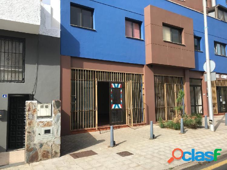 Local comercial en Pueblo Hinojosa