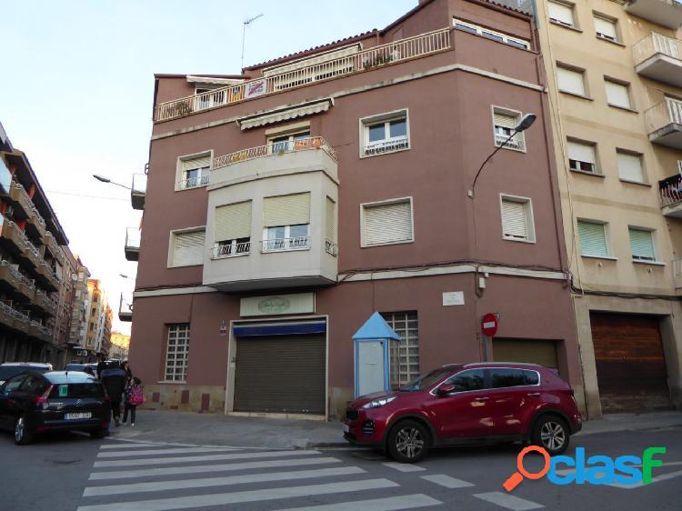 Local comercial en alquiler a Manresa - c/ Viladordis