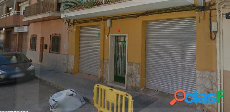 Local comercial en alquiler en Calle Regalo
