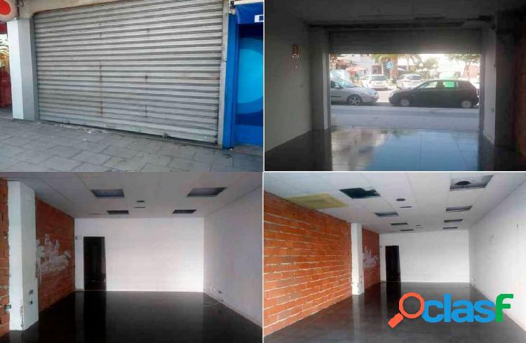Local comercial en venta en Calle SAN BARTOLOME 42-44