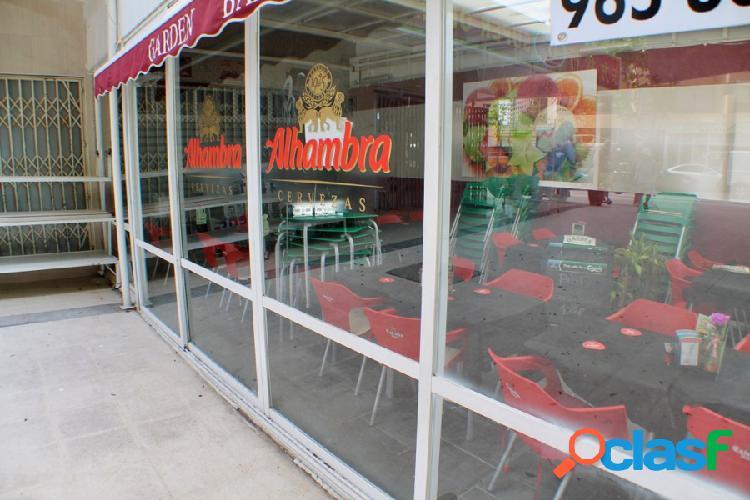 Local comercial en zona de mucho paso en Benidorm