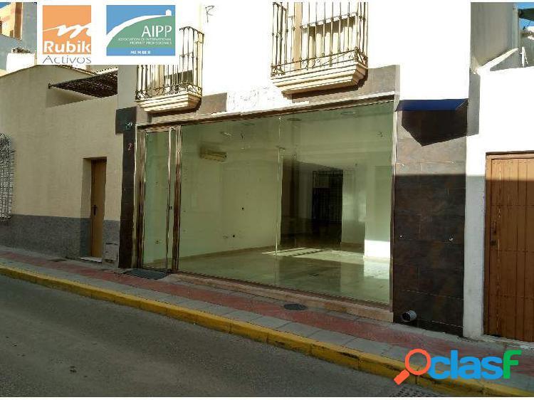 Local comercial zona centro en Vera pueblo