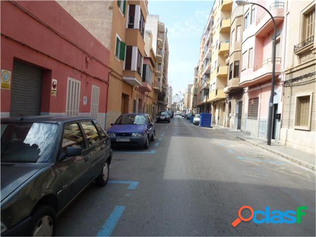 Local en Calle LLuis Marti esquina Juan Mestre