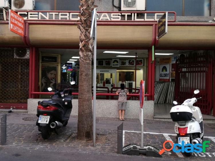 Local en Centro Comercial Castillo