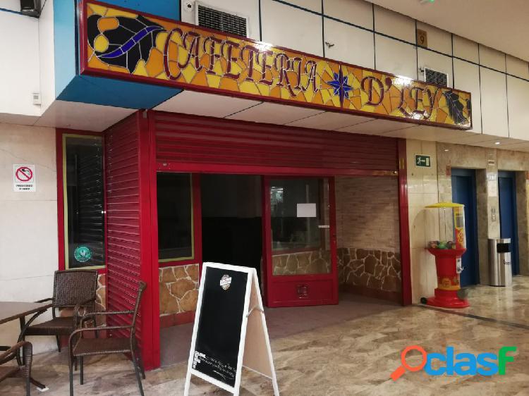 Local en Centro Comercial Ecomostoles, zona calle Libertad,