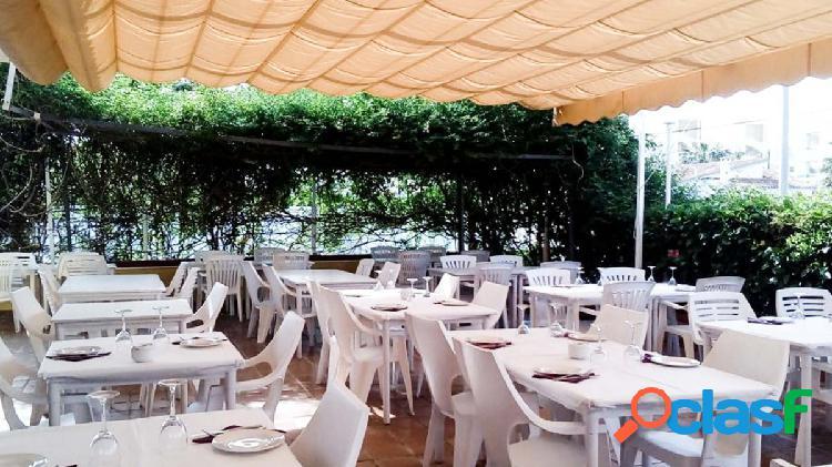 Local en las Marinas, a 250m de la playa, con terraza de