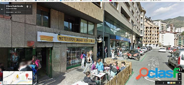 Local en venta delante de los colegios franceses de Andorra