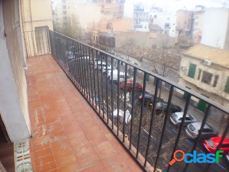 Luminoso piso en Venta en Pere Garau