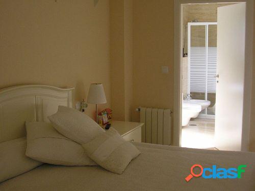 Magnífico piso de 3 dormitorios, 2 baños, garaje y