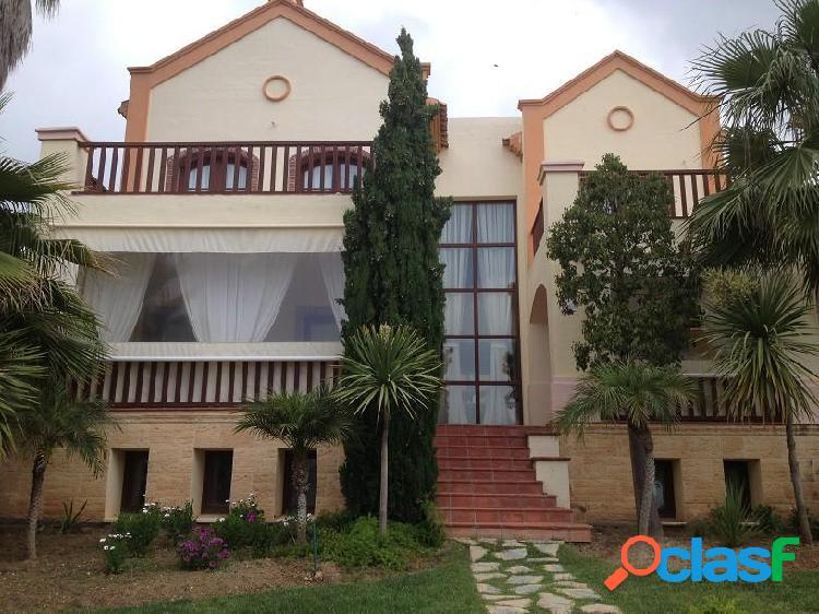 Magnifica Villa de lujo de 6 dormitorios y 6 baños.