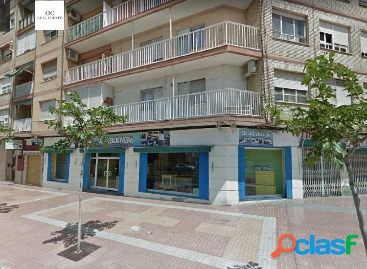 Magnifico Local en Cartagena