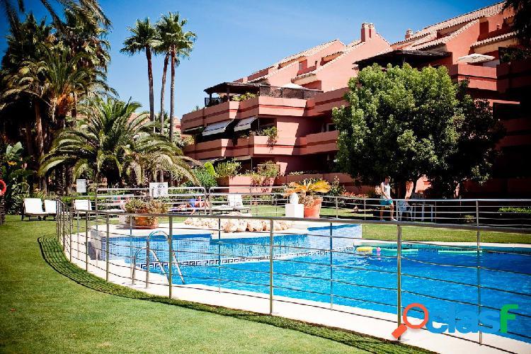 Magnifico apartamento de 4 dormitorios en El Embrujo Playa.