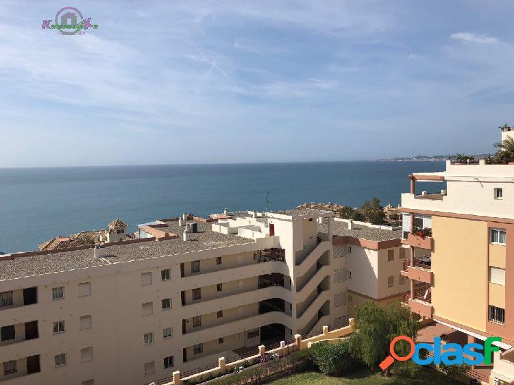 Magnifico atico con vistas al mar y gran terraza a 100
