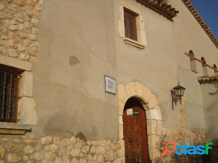 Masía del siglo XV de 697 m2 en Venta en el Penedès.