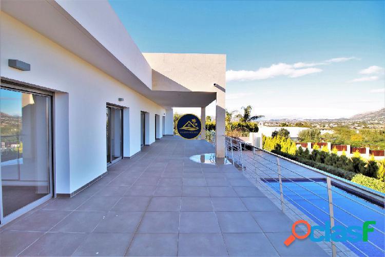 Modern Luxury Villa Nueva Construccion con IMPRESIONANTES