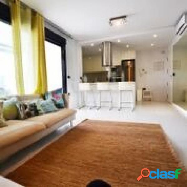 Moderno Apartamento de 3 Dormitorios en Mil Palmeras a solo