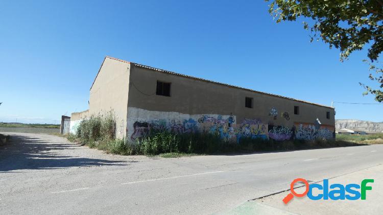 Nave industrial en Utebo (ZARAGOZA) de uso agrícola con