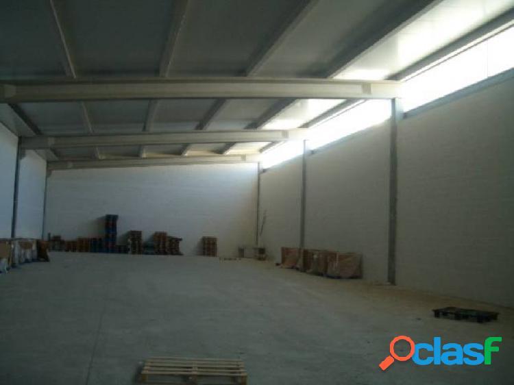 Nave industrial en venta en Talavera La Real