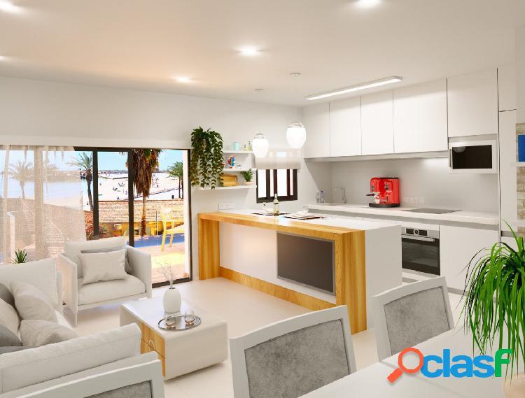 Nuevos apartamentos a tan solo 50 m de la playa.