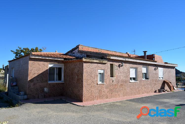 OCASIÓN CHALET en San Vicente del Raspeig en La Alcoraya.