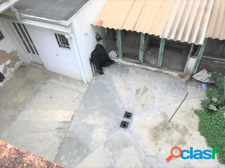 OPORTUNIDAD DE CASA URBANA EN EL CENTRO DEL PUEBLO