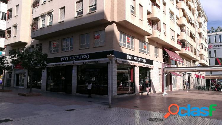 Oficina-Entreplanta en Elche zona Carrus, 114 m2.