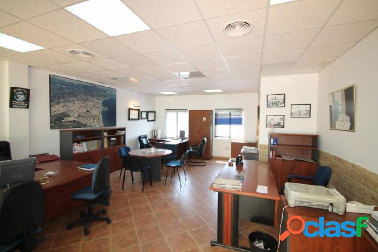 Oficina - Local ubicado en Los Boliches