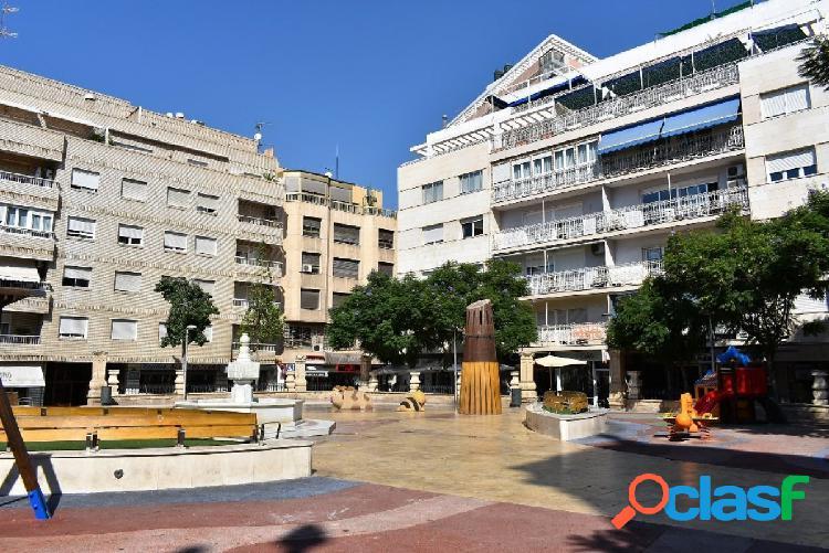 Oficina grande en el centro de Almería