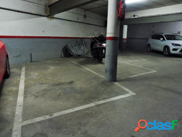 Oportunidad de parking en el centro del pueblo.