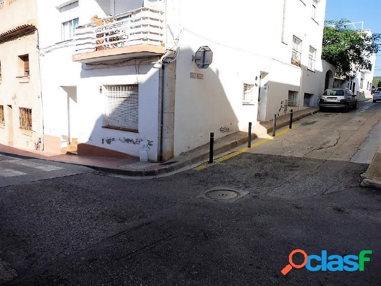 Oportunidad, piso de un dormitorio en el centro de Ribes
