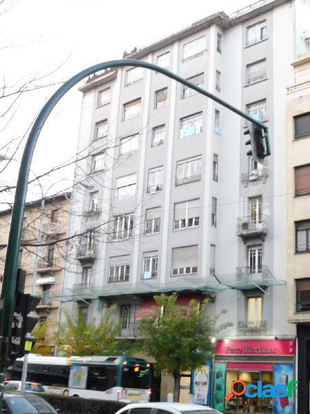 PISO DE 160 METROS PARA REFORMAR EN PLENO CENTRO DE PAMPLONA