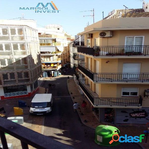 PISO EN EL CASCO ANTIGUO. 3DORMS, 2 BAÑOS, COCINA,