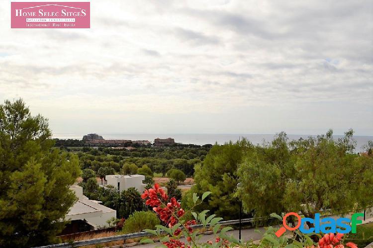Parcela con vistas al mar Can Girona