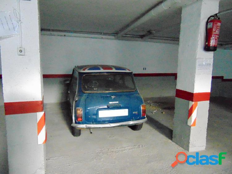 Parking en venta en Cunit. Zona centro. Francesc macià