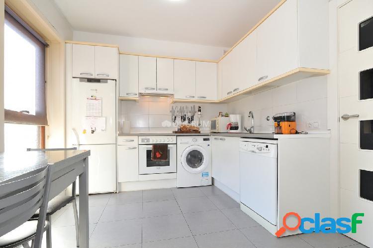 Piso Precioso De 2 Dormitorios Baño Garaje Y Trastero En